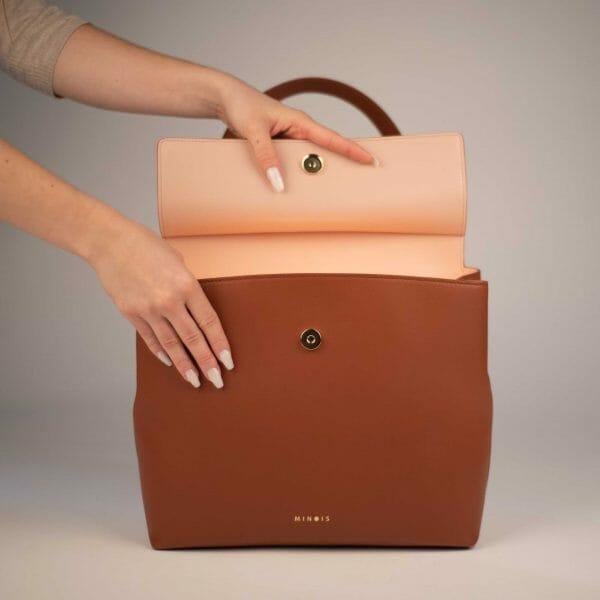 Flap bag caramel inside