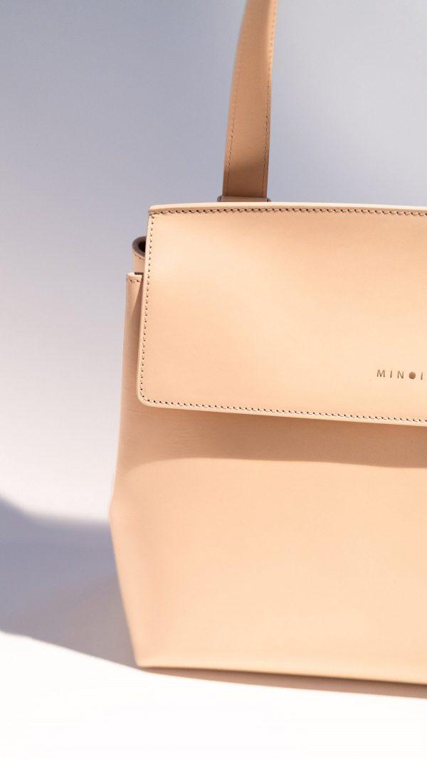 Lena classic flap bag vachetta detail